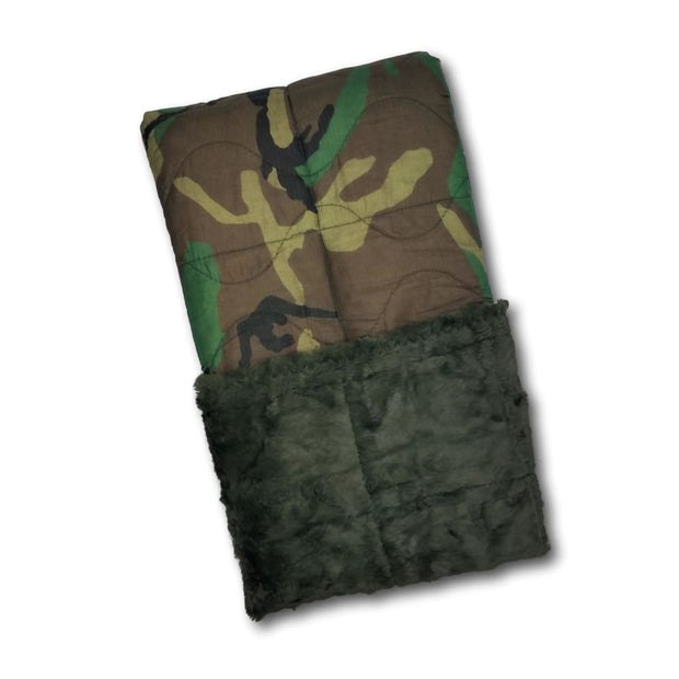Woodland Camo Pattern Loden Green Faux Fur - Woobie Weighted Blanket