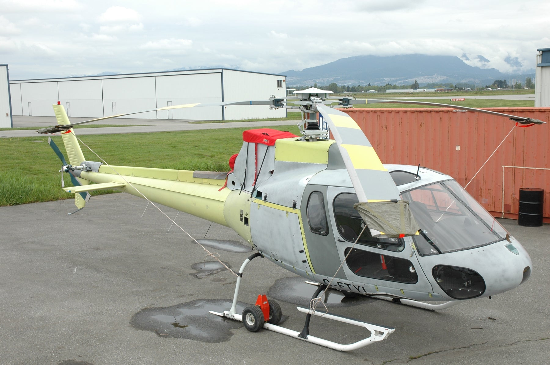 2001 AS350B2 Ready to be Built to Your Specs Base Price: 1,250,000.00 USD