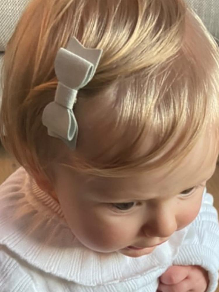 Baby Wisp - 3 Mini Latch Mia Bows for Fine and Wispy Baby Hair - 3pk in White, Pale Pink and Light Grey - Stylemykid.com