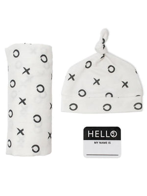 Lulujo - Bamboo Hat and Swaddle Blanket - Hugs & Kisses - Stylemykid.com
