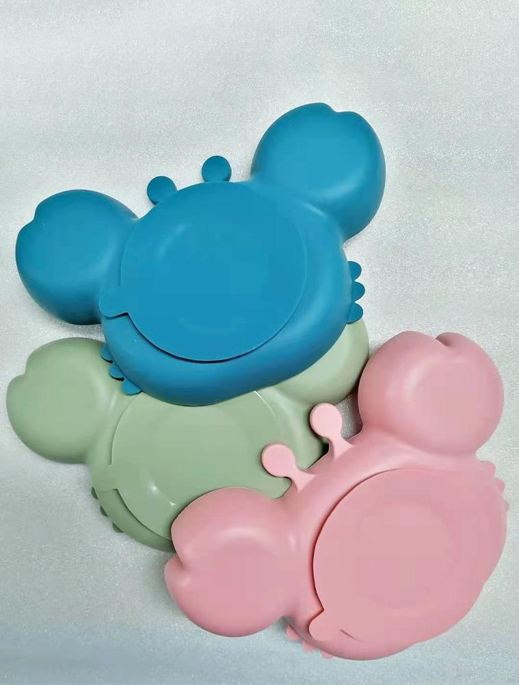 GREEN CRAB PLATE - Silicone Suction Plate - Self Feeding Training Divided Bowl for Baby and Toddler - Stylemykid.com