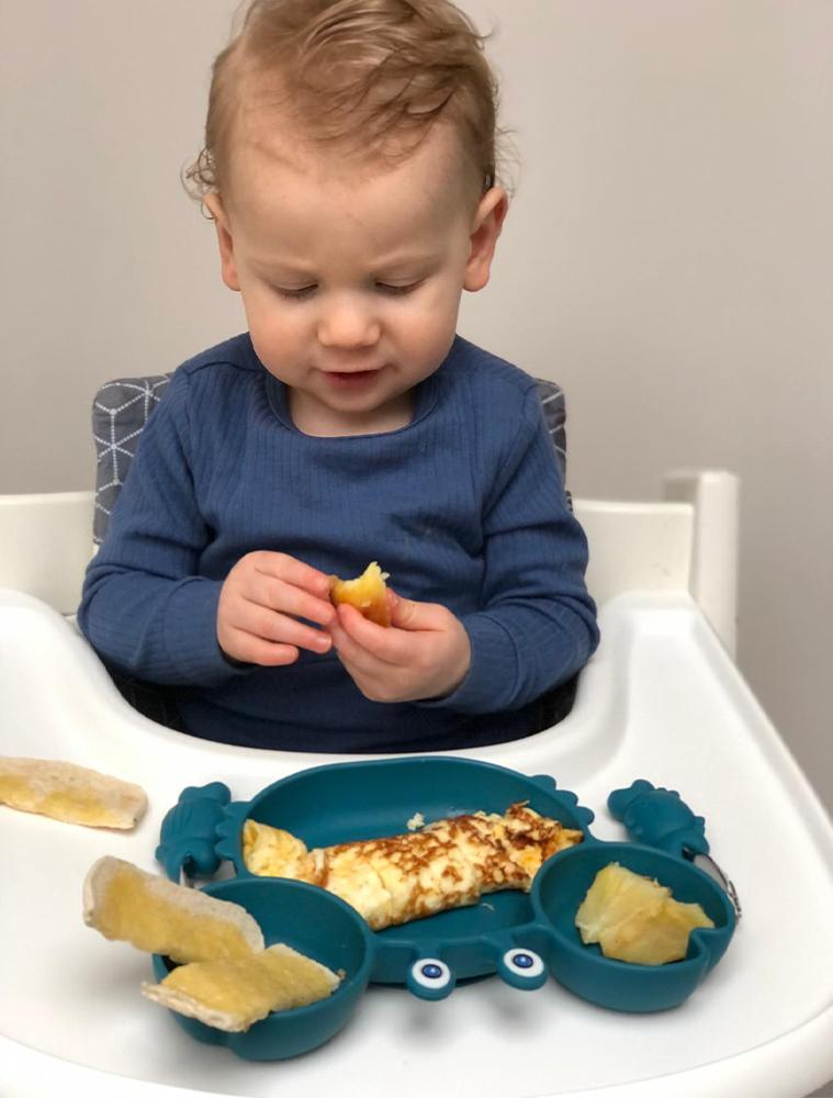 BLUE CRAB PLATE - Silicone Suction Plate - Self Feeding Training Divided Bowl for Baby and Toddler - Stylemykid.com
