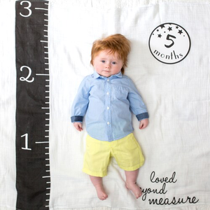 Lulujo - Baby's 1st Year- Loved Beyond Measure - Blanket & Milestone Cards Set - Stylemykid.com