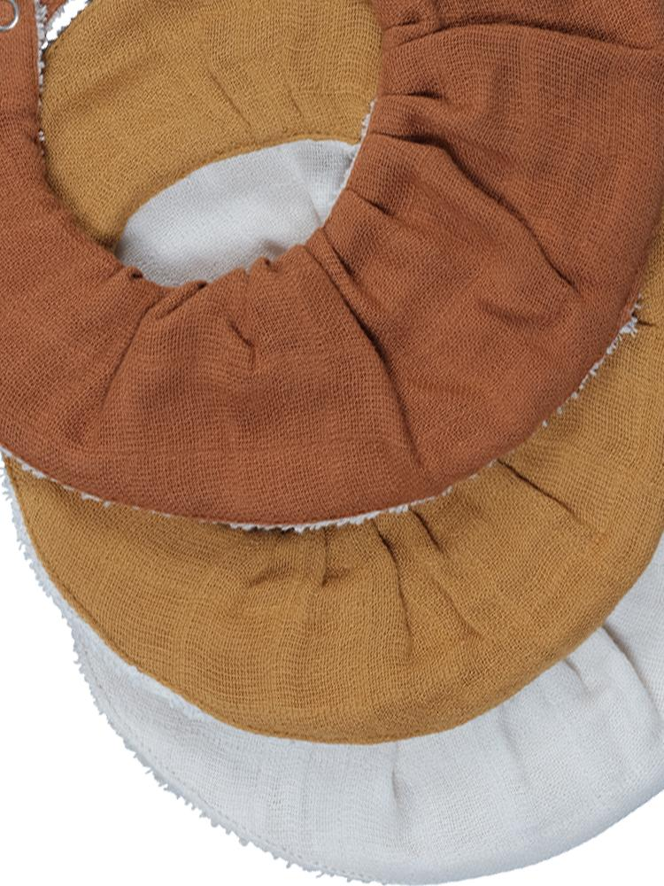 Fabelab - Organic Ruffle Bib with Terry Backing - 3 Pack in Autumn Colours - Cinnamon, Orche and White - Stylemykid.com