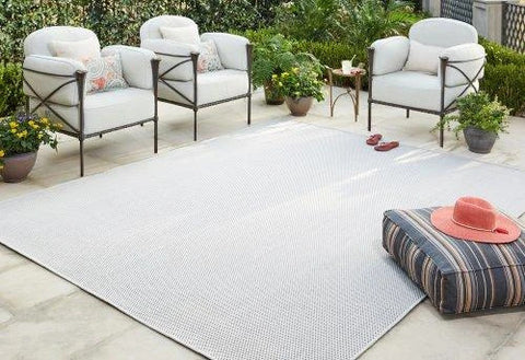 Scandi style rugs for outdoor