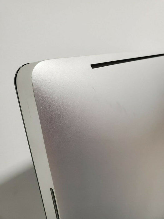 C02HM2CZDHJF iMac (21.5-inch, Mid 2011) SCRATCHES