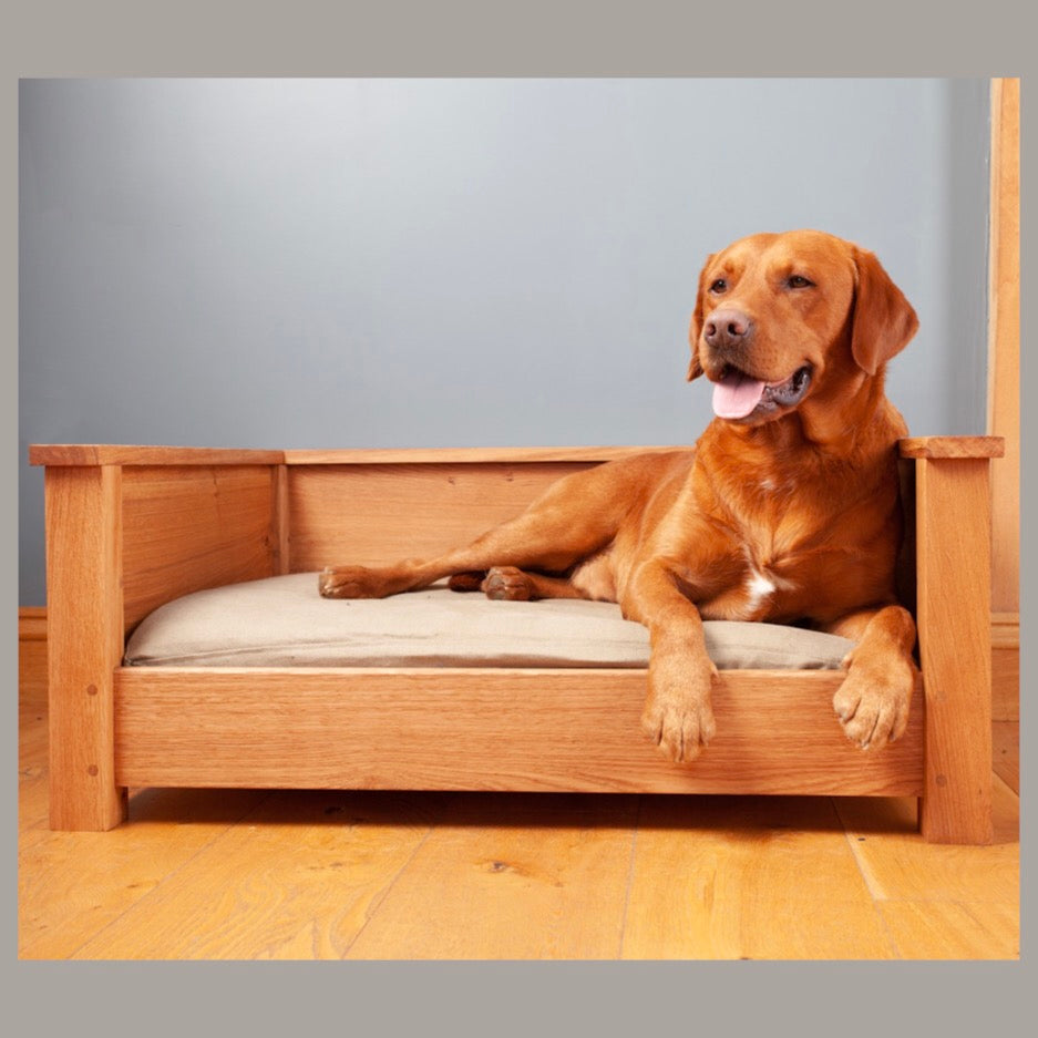 Milo & Pi  Derwa Shaker Style Luxury Oak Dog Bed