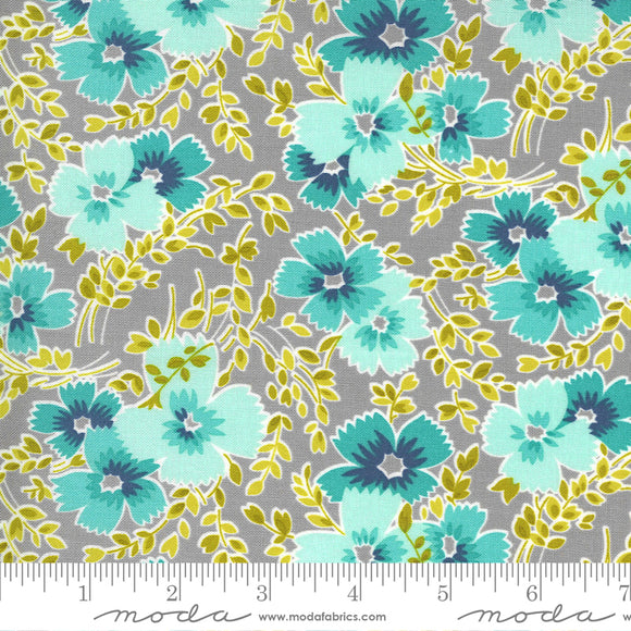 Foggy (23331 12) - Flowers For Freya by Linzee Kull McCray for Moda Fabrics
