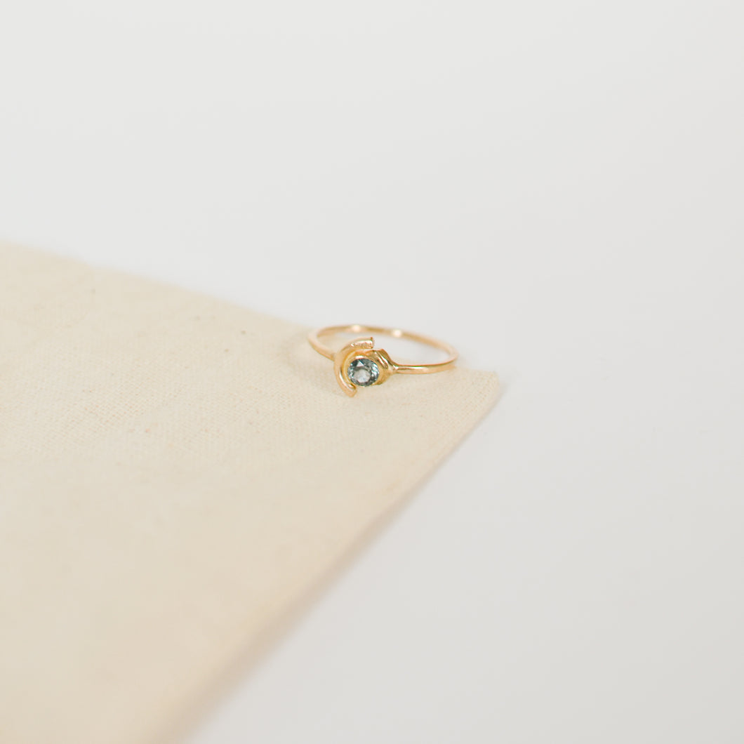 Eclipse Sapphire Ring | Recycled 14k Gold