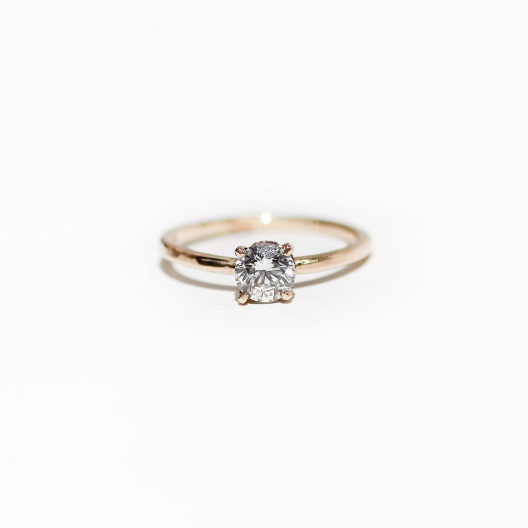 Sustainable solitaire 14k gold diamond ring