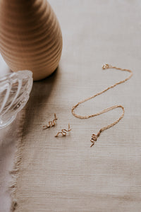 gold-snake-earrings-and-necklace