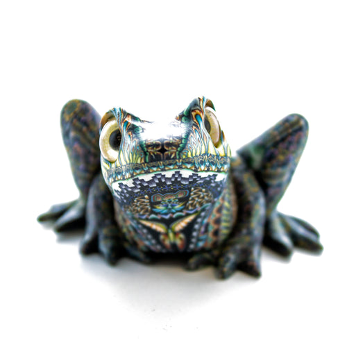 Fioré Frog Sculpture Medium
