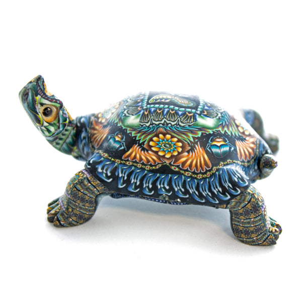 Fioré Turtle Sculpture Small