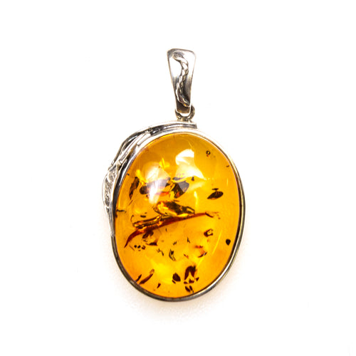SS Amber Nugget W/ Leaf Pendant