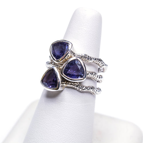 SS Textured Wavy Iolite Trillion Ring Stack (Set of 3. Size 7 3/4)