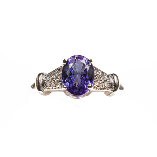 14KW Tanzanite Oval Ring
