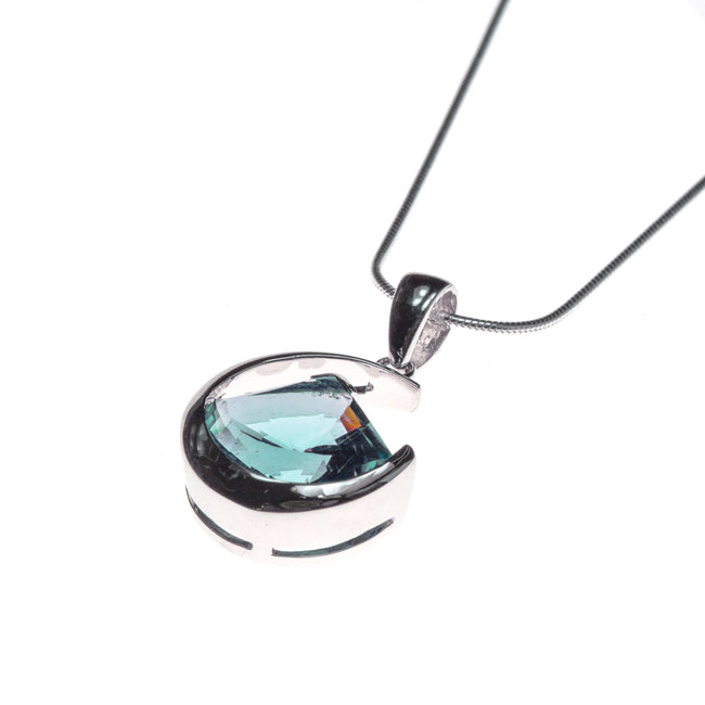 Sterling Silver Blue Topaz Fan Lens Cut Necklace
