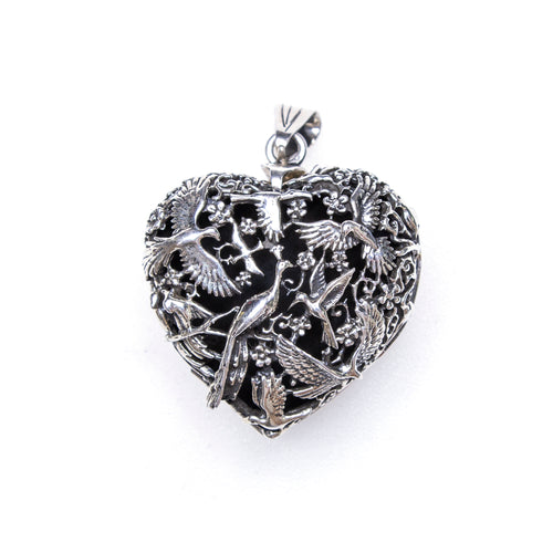 SS Birds of a Feather Floral Heart Locket