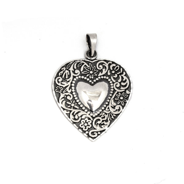 SS Etched Flowers Oxidized Heart Pendant