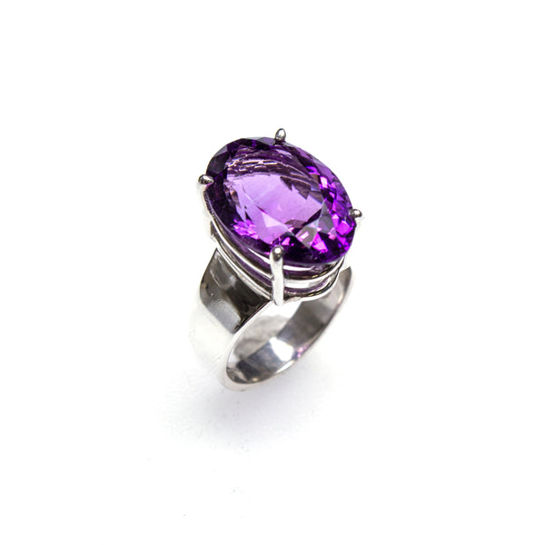 SS Amethyst Prong Ring (Size 8)