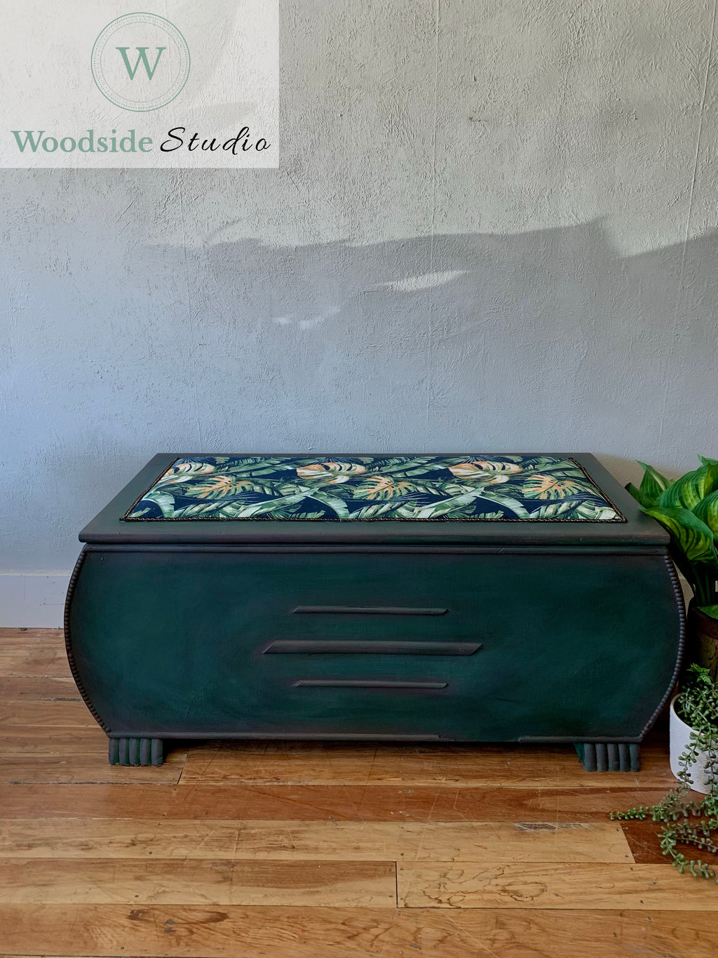 Tropical Style Blanket Box
