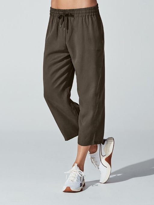 Running Bare Walk This Way Cropped Pants-Olive_9S15765R