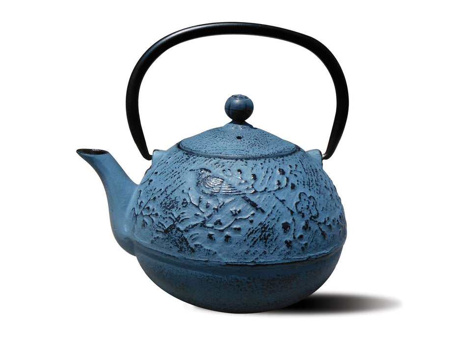 "Old Dutch Cast Iron ""Suzume"" Teapot, 24-Ounce, Waterfall Blue"