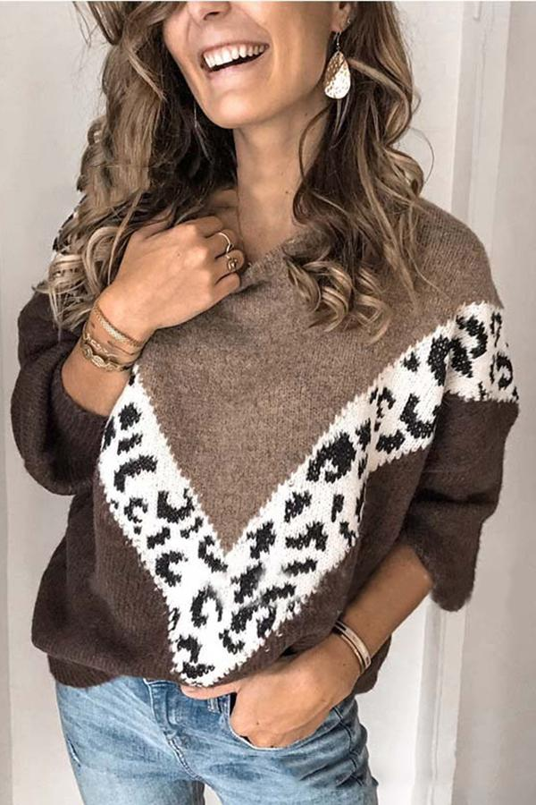 Casual Leopard Paneled Crew Neck Sweater