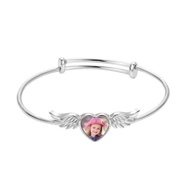 Sweey Dropshipping Custom Engraved Heart-shaped Photo Bracelet in Silver Personalized Angel Wing Bracelet Best Gift for Her