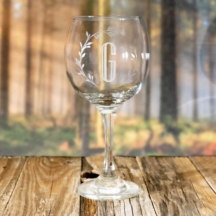 20oz Branches with Initials Wine Glass L1