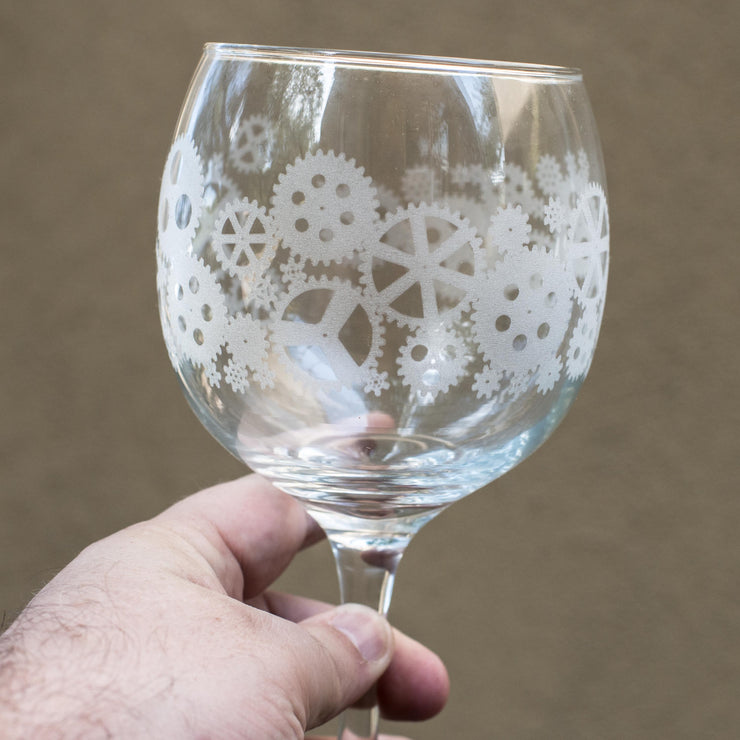 20oz Gears Wine Glass L1
