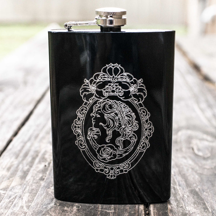 8oz BLACK Cameo Flask R1