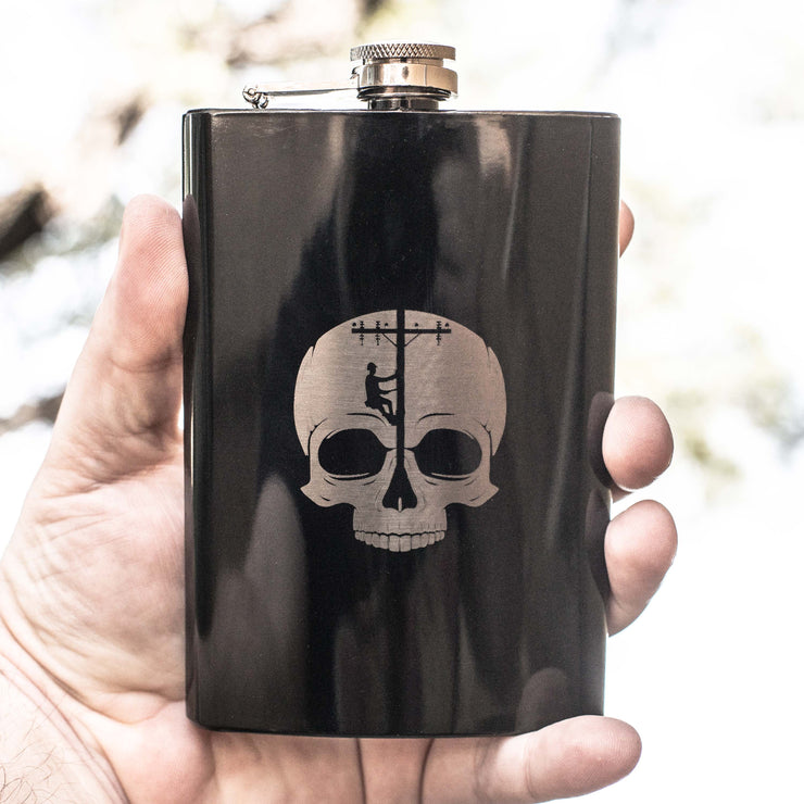 8oz BLACK Lineman Skull Flask L1