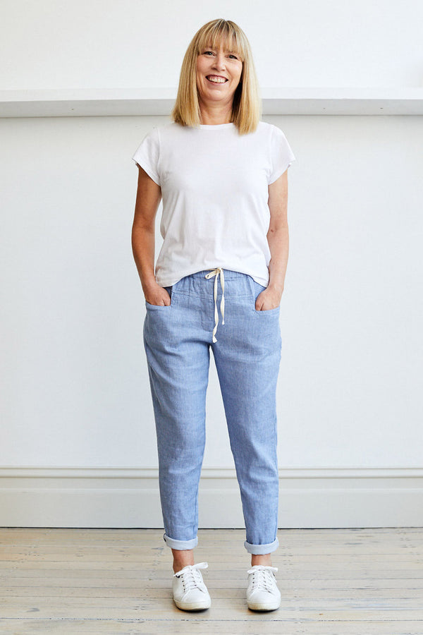 Moni Pant, Light Blue