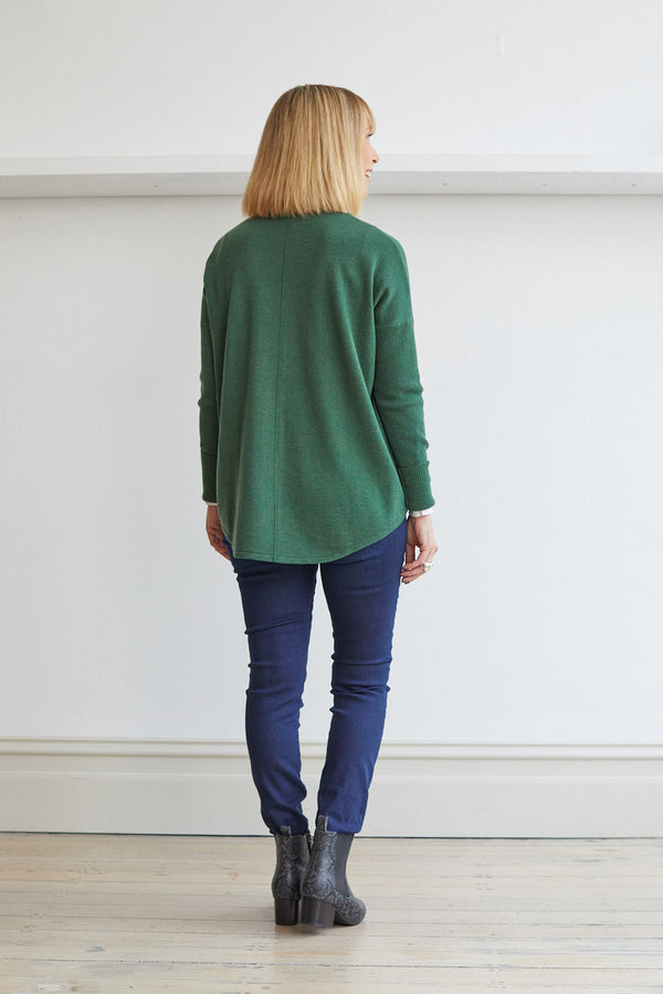 Curved Hem Crew Neck Sweater, Green