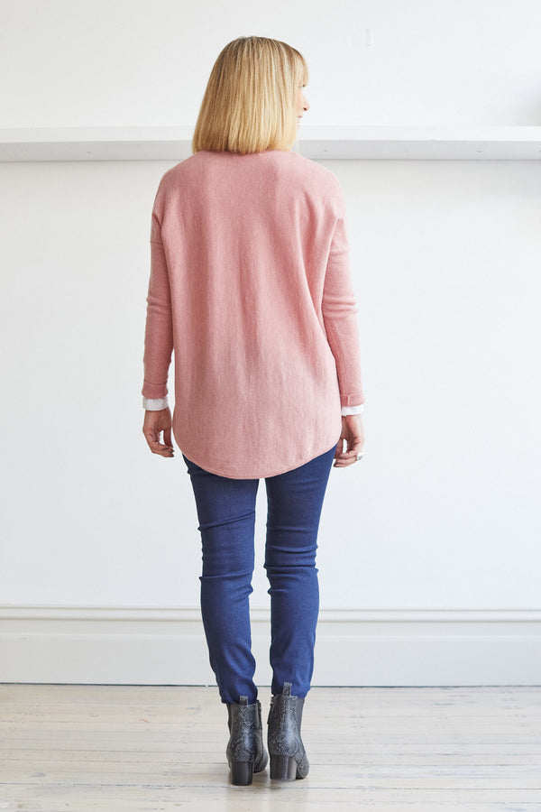 Curved Hem Vee Pullover '21, Dusty Pink
