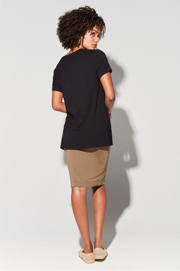 Georgia Scoop Vee Bamboo Tee, Black