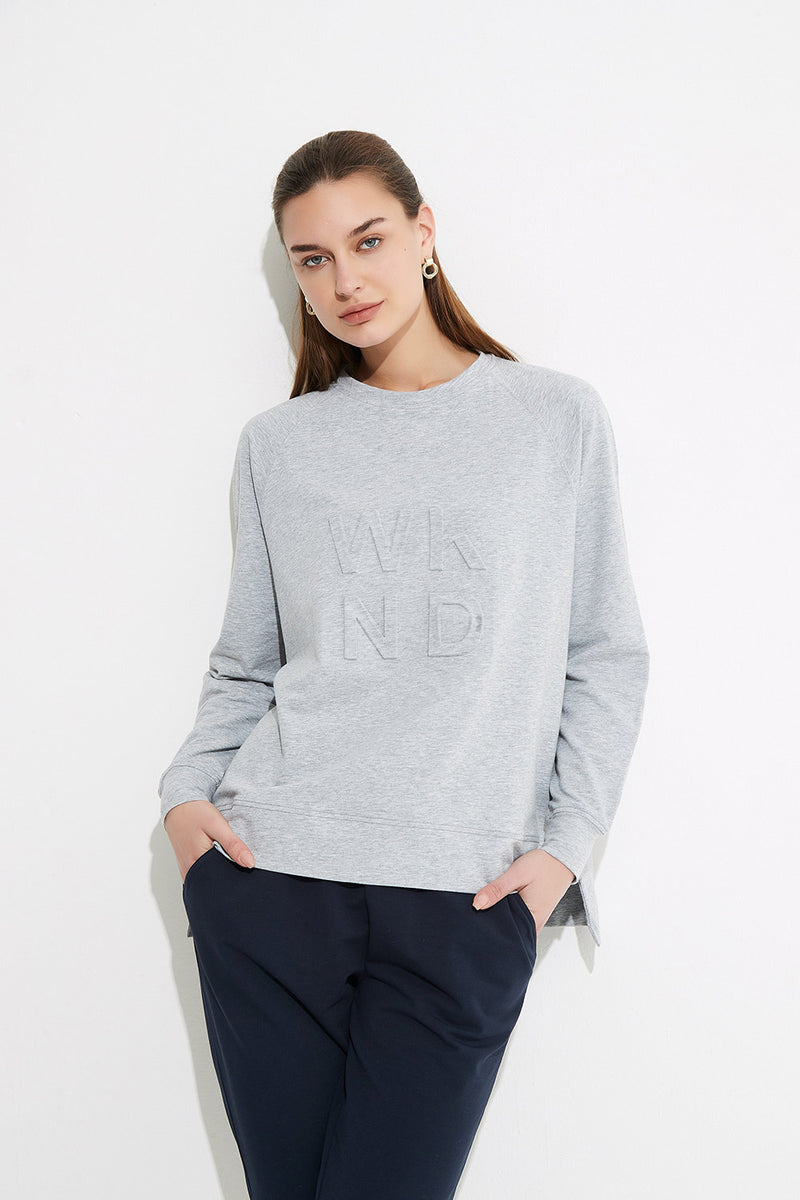 WKND embossed light sweat, Grey Marle