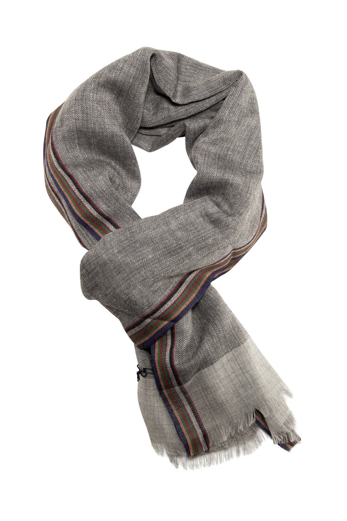 Soft herringbone weave scarf from Besos