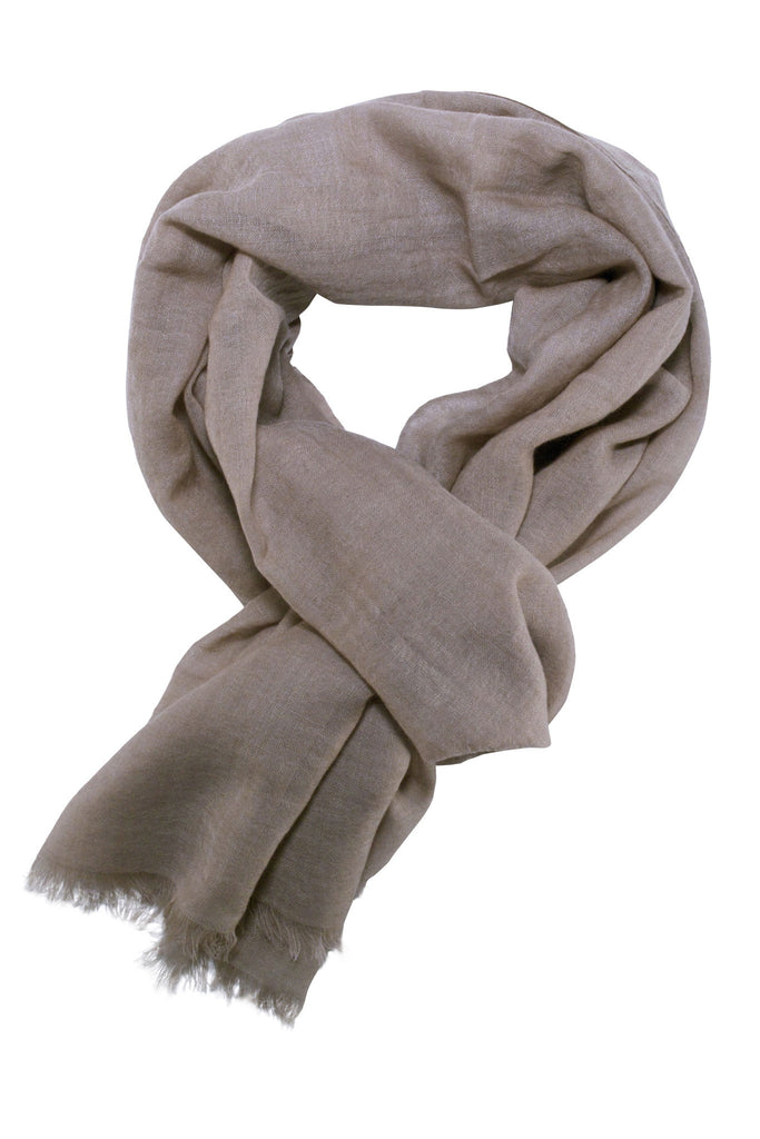 Casual scarf in a beautiful mauve colour