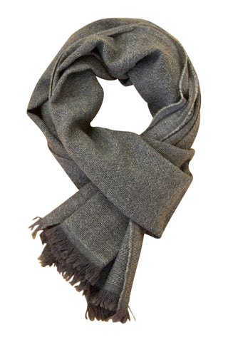 Grey classic cashmere scarf