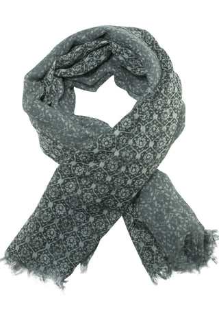 Delicate grey scarf (or shawl) in two-tone print