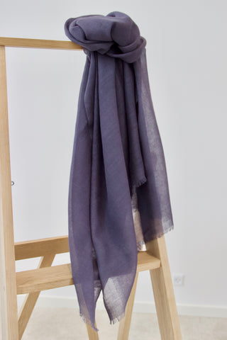 Grey scarf in 100% lambswool