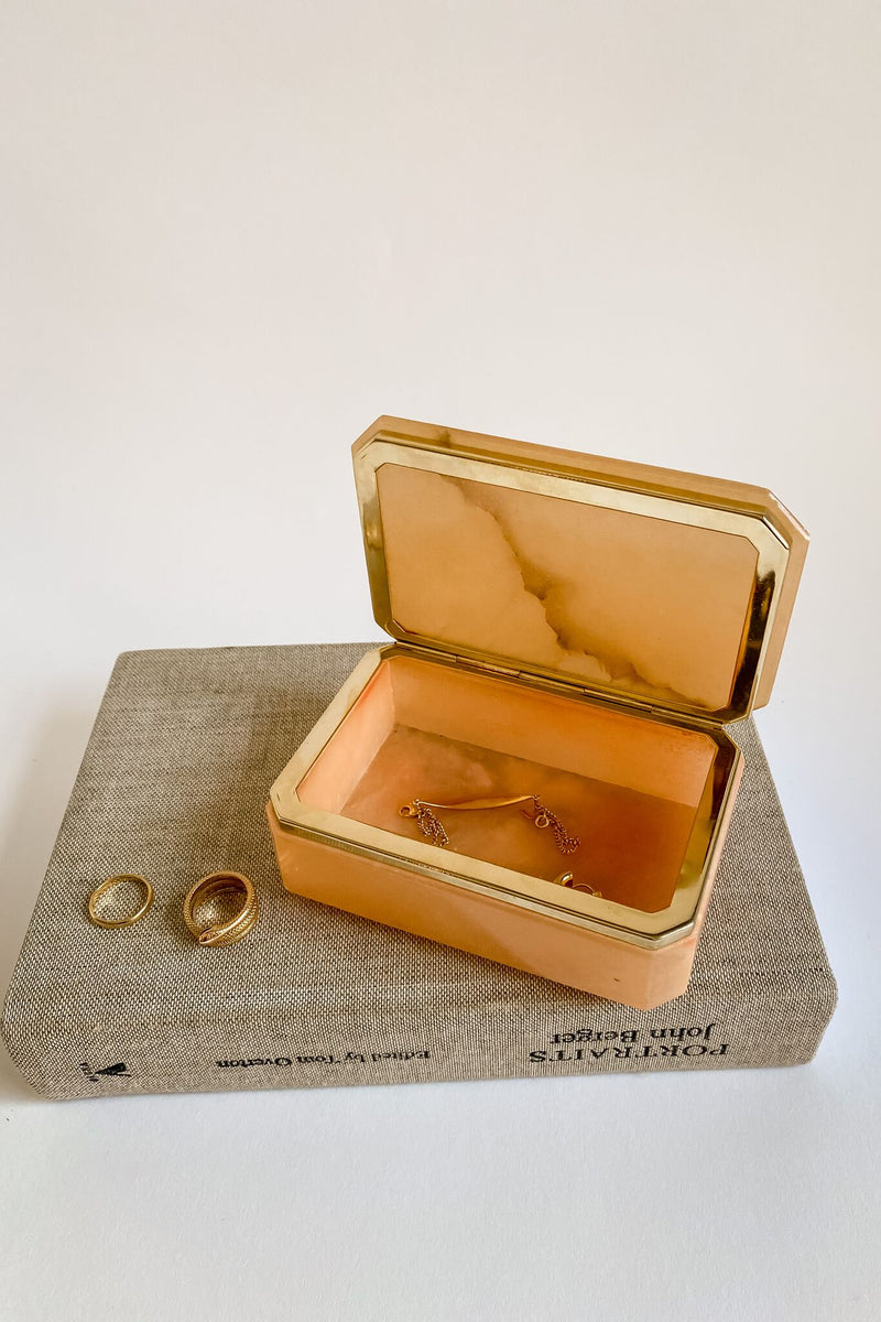 Light Amber Italian Alabaster Faceted Jewelry Box