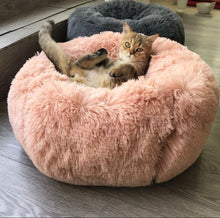 Load image into Gallery viewer, Pink Plush Pet Bed