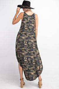 Sleeveless Maxi dress with side pockets