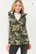 Load image into Gallery viewer, Camo Hooded Anorak Utility Vest