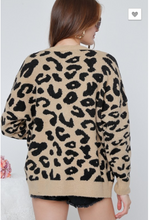 Load image into Gallery viewer, Leopard Printed Cardigan Knit Top