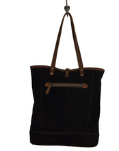 Load image into Gallery viewer, JAGGY TOTE BAG