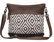 Load image into Gallery viewer, PATTERNED SHOULDER BAG